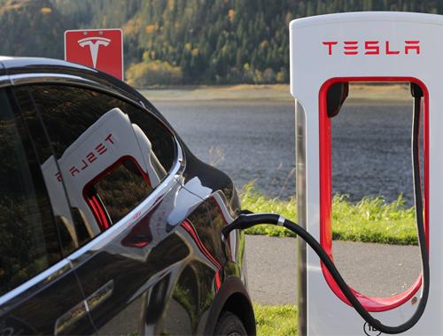 EV Roadtrip Tesla